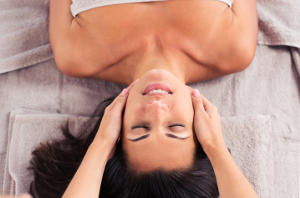 REIKI ENERGY HEALING - WHAT TO EXPECT DURING A TREATMENT